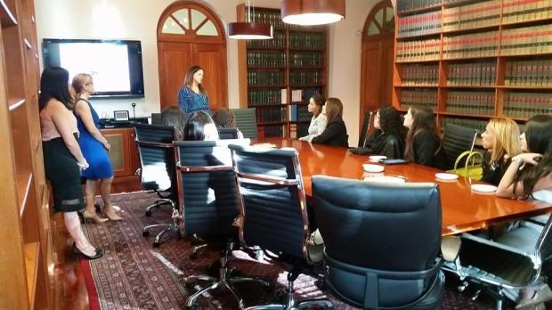 Estrella 2 - conference room
